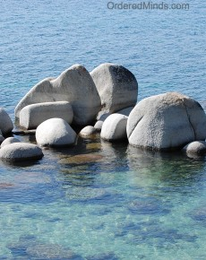 tahoe_rocks_wm